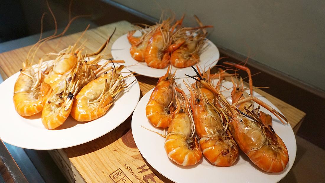 Prawns Ja Season 2 Novotel Hotels and Resorts Bangkok Fenix Silom 36