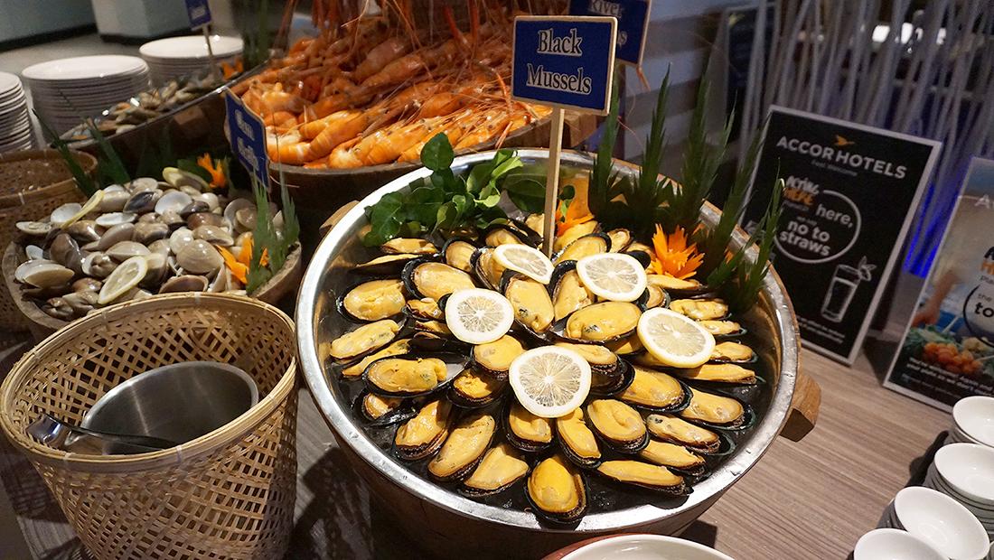 Prawns Ja Season 2 Novotel Hotels and Resorts Bangkok Fenix Silom 5