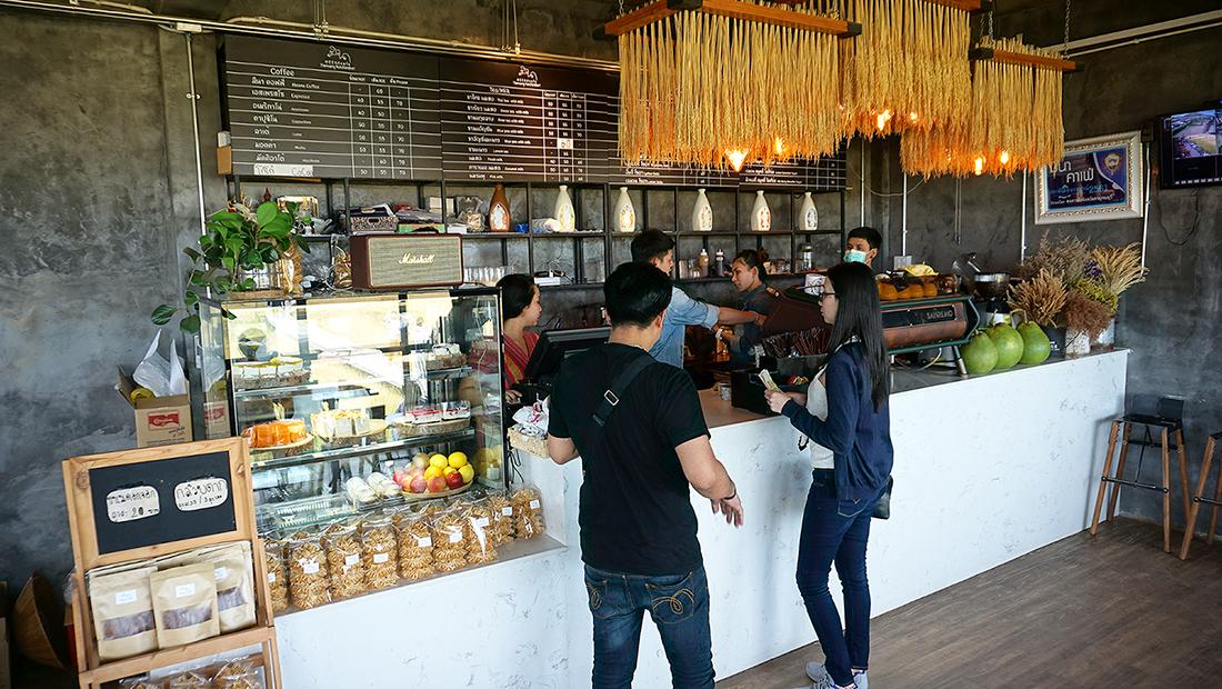 MEENA CAFE KANCHANABURI 1