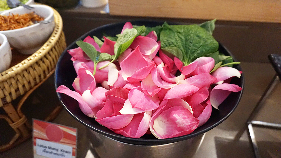 Buffet Brunch Novotel Bangkok Fenix Silom 19