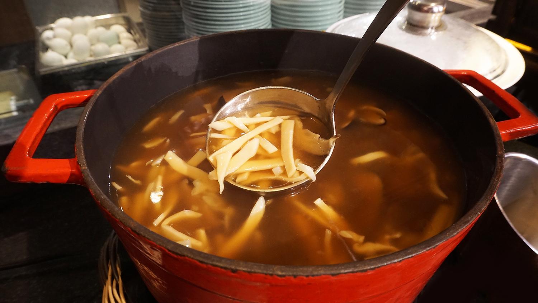 Buffet Seafood Amaya Food Gallery Amari Watergate Bangkok 18