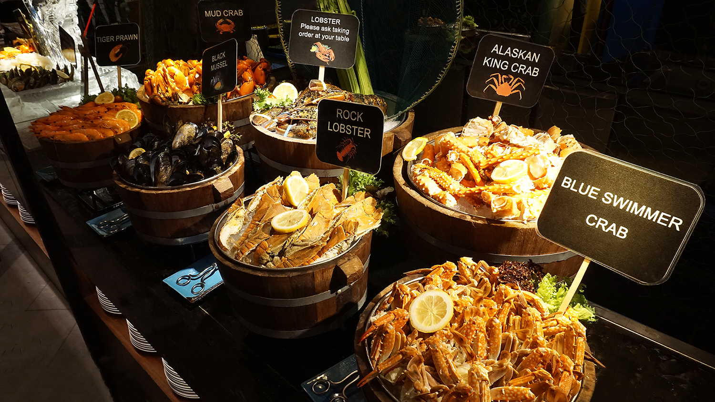 Buffet Seafood Amaya Food Gallery Amari Watergate Bangkok 40