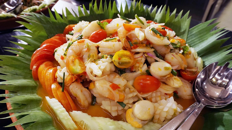 Buffet Seafood Amaya Food Gallery Amari Watergate Bangkok 5