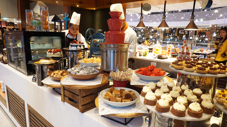 Buffet Seafood Amaya Food Gallery Amari Watergate Bangkok 53