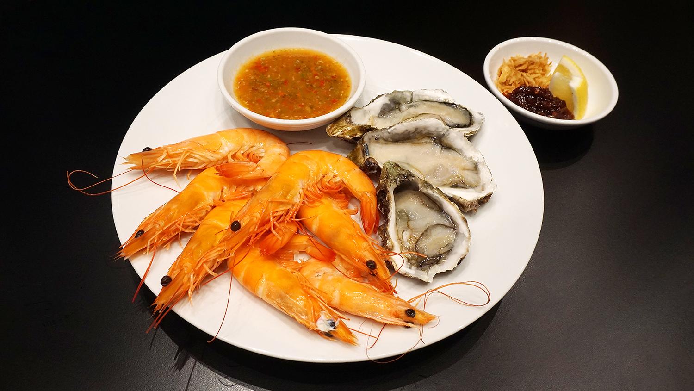 Buffet Seafood Amaya Food Gallery Amari Watergate Bangkok 59