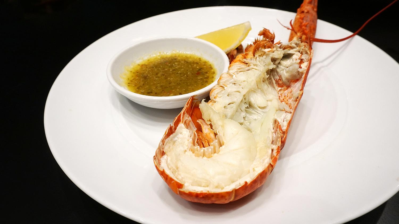 Buffet Seafood Amaya Food Gallery Amari Watergate Bangkok 64