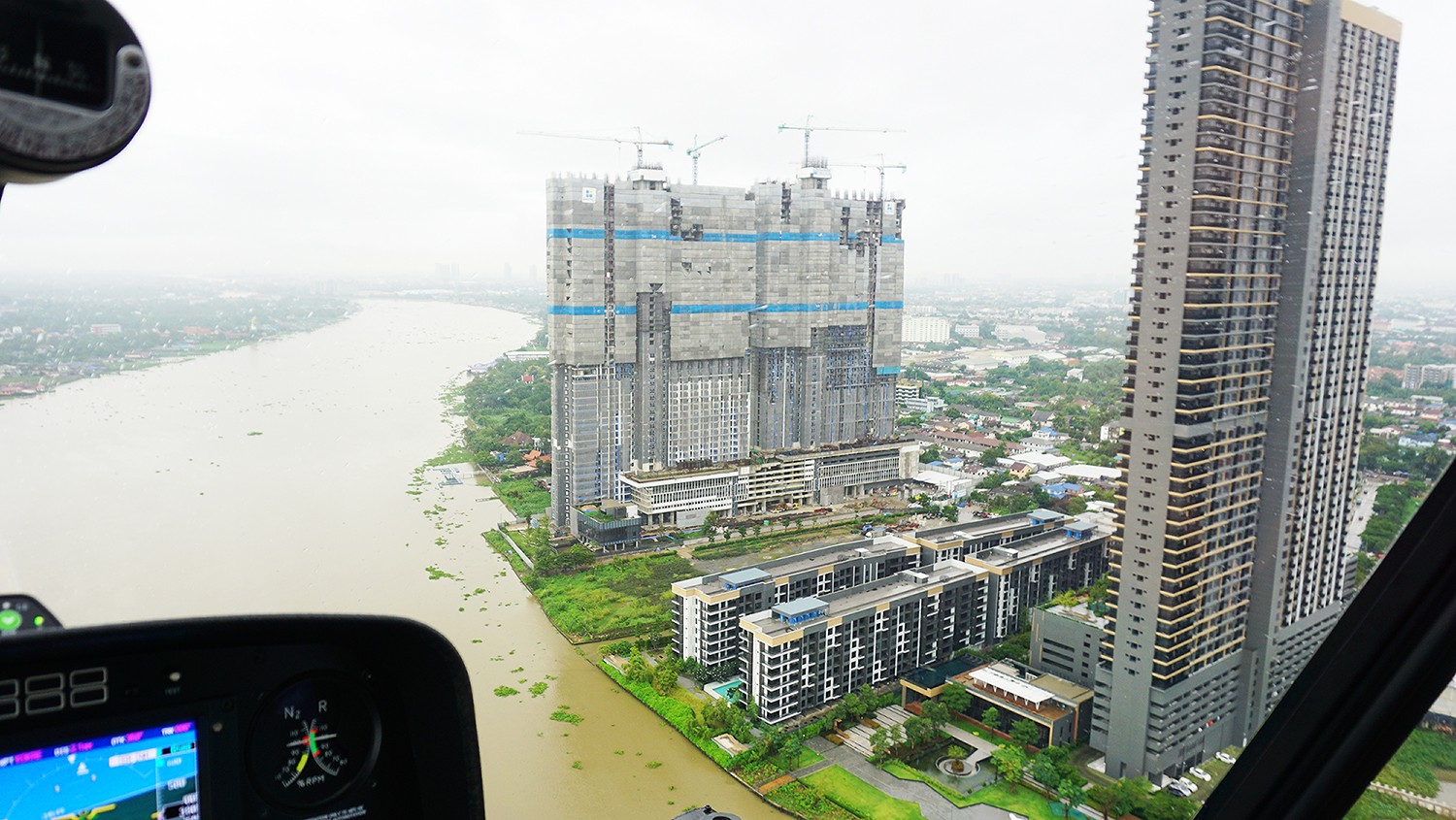 Helicopter Sightseeing Bangkok Thailand Solaire Heliluck Aviation Services 35