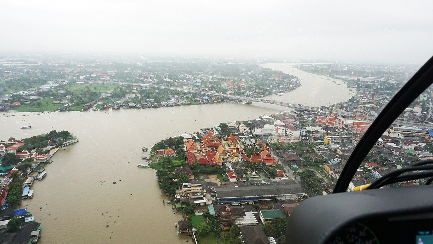Helicopter Sightseeing Bangkok Thailand Solaire Heliluck Aviation Services 39