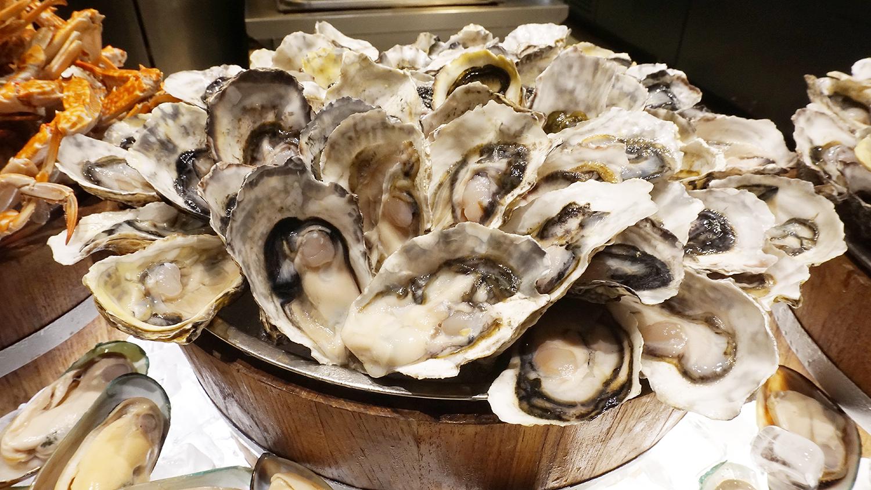 Craving Seafood Market Seafood Dinner Fri-Sat Buffet Crave Wine Bar and Restaurant A Loft Bangkok Sukhumvit 11 11