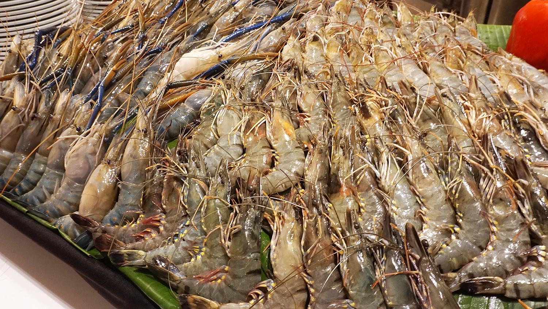 Craving Seafood Market Seafood Dinner Fri-Sat Buffet Crave Wine Bar and Restaurant A Loft Bangkok Sukhumvit 11 12