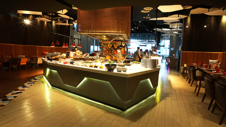 Craving Seafood Market Seafood Dinner Fri-Sat Buffet Crave Wine Bar and Restaurant A Loft Bangkok Sukhumvit 11 3