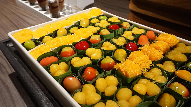 Craving Seafood Market Seafood Dinner Fri-Sat Buffet Crave Wine Bar and Restaurant A Loft Bangkok Sukhumvit 11 39